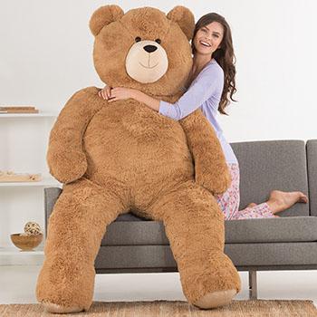 An image of the 6-foot Giant Hunka Love Bear